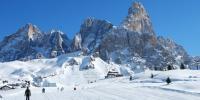 多罗米蒂山滑雪